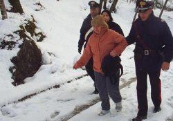 Capracotta / Isernia / Provincia. Neve e gelo, Carabinieri in azione per assistere la popolazione su tutto il territorio della provincia.
