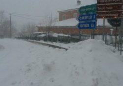 Rionero Sannitico / Belmonte del Sannio. Diversi Comuni ancora sotto la neve: slitta il rietro a scuola.