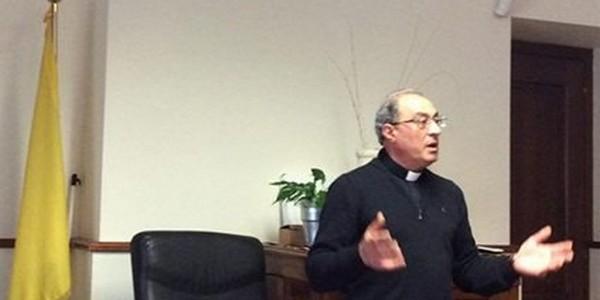 Chieste le dimissioni del vescovo o il procedimento disciplinare legato ai fatti della magistratura