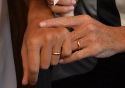 S. Maria C.V. Patrizia, 59anni, e Luigia, 49, hanno detto si: si sono conosciute 10 anni fa e da allora vivono insieme a Minturno.