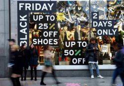 """Black Friday. Mega saldi che tutti aspettano, ma occhio alle truffe online: non vi fate prendere dalla """"shopping mania""""."""