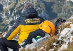 """Finanza, concorso per reclutare 30 allievi del contingente ordinario, specializzazione """"Tecnico di Soccorso Alpino"""": scadenza 15 dicembre 2017."""