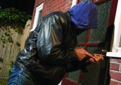 Isernia / Provincia. Sbaglia ingresso e viene scambiato per un ladro.