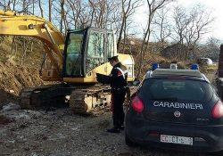 Agnone. Acquistano un escavatore con assegni falsi: due pregiudicati denunciati dai Carabinieri per truffa aggravata.