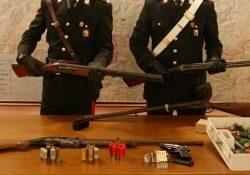Venafro / Isernia / Provincia. Controlli dei Carabinieri sul rispetto delle norme in materia di porto e detenzione di armi, tre denunce: sequestrati quattro fucili, due pistole e oltre cento munizioni.