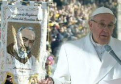 """Pietrelcina. Stamane la storica visita di Papa Francesco: """"Da San Pio nuova linfa per il Sannio"""". Tutto il discorso del Pontefice. TUTTE LE FOTO."""