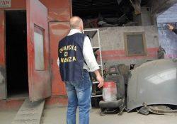 Maddaloni / S. Maria a Vico / Arienzo. 11 attività abusive sequestrate dalla Finanza: tra queste autocarrozzerie, falegnamerie e un salone di bellezza.