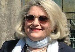 BAIA E LATINA. Maria Eremenziana Gianfrancesco entra nell'Ufficio Cerimoniale e Relazioni con il Pubblico della Regione Campania: la moglie dell'ex sindaco Santoro è anche delegata regionale al Sannio Alifano.