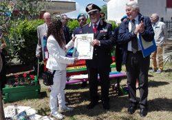 ALIFE. Il Comandante Generale del Co.S.Int Della Posta conferisce alta onorificenza alla Presidente del Movimento Internazionale per la Pace, Agnese Ginocchio.