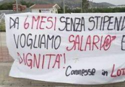 SPARANISE. Dipendenti del supermercato Eurospin bloccano la statale Appia, 13 persone da 6 mesi senza stipendio: l'azienda apre a un tavolo di trattativa.