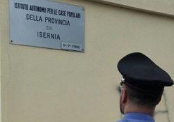 Cerro al Volturno. Produce documenti falsi per ottenere l'assegnazione di una casa popolare, donna denunciata per truffa dai Carabinieri.