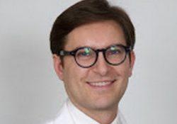 BAIA E LATINA. L'angiologo Mario Santoro presenta negli Stati Uniti una tecnica innovativa a trattare le ulcere vascolari non responsive alle comuni terapie.