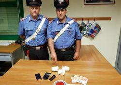Sesto Campano. Corriere della droga arrestato dai carabinieri: sotto sequestro oltre 300 grammi di cocaina.