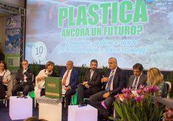 """Forum Polieco incorso ad Ischia: """"reati ambientali, coordinare informazioni per avere indagini incisive""""."""