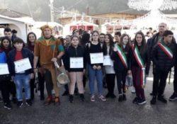Frasso Telesino / Limatola. Gli alunni dell'Istituto Comprensivo «Leonardo Da Vinci» e le Amministrazioni Junior si incontrano al Castello di Limatola.