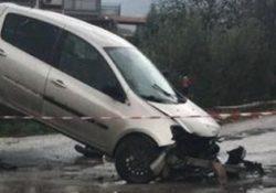 CALVI RISORTA / MADDALONI. 18enne perde la vita in un terribile scontro tra la sua moto ed una vettura.
