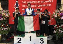 SANT'ANGELO IN FORMIS / PASTORANO. Chiara Sabatasso campionessa mondiale: l'atleta dell'Olimpia Sport vince a Tokio, in Giappone, il titolo mondiale nella specialità Tate Kodachi (spada corta con scudo).