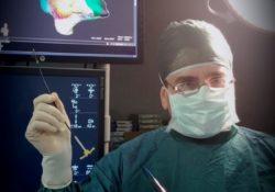 """Maddaloni . Premio """"Buona Sanità"""" al dr. Antonio De Simone: il riconoscimento all'elettrofisiologo della """"San Michele"""" per le procedure interventistiche all'avanguardia."""