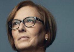 Montesarchio / S. Maria a Vico. Franca Di Blasio: venne sfegiata al volto da un suo alunno, ora è la donna dell'anno 2018 per la Regione Campania.