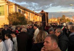 Puglianello. Grandi emozioni tra i fedeli per l'arrivo della Sacra Reliquia del Saio di San Pio.