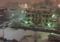 PIEDIMONTE MATESE. Risveglio sotto la neve: il sindaco Di Lorenzo pronto a chiudere scuole ed uffici pubblici.