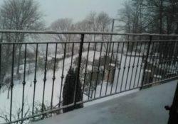 SAN GREGORIO MATESE / ROCCAMONFINA. Già 10 centimetri di neve nelle alture matesine: sprazzi di nevischio anche nella valle alifana.