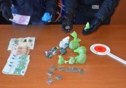 Isernia / Provincia. Operazione antidroga dei Carabinieri, due arresti e una denuncia: impiegata anche una unità cinofila dell'Arma di Chieti.
