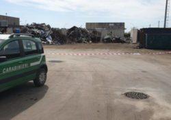 San Tammaro. Stabilimento di stoccaggio e trattamento rifiuti in località Ponticello sequestrato dai carabinieri forestali.