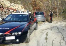 Agnone. Tentano di rubare un'auto: denunciati due giovani del posto.