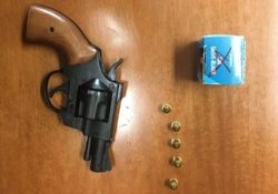 Isernia / Provincia. Litiga col vicino e lo minaccia con una pistola a salve: pensionato 80enne denunciato dai Carabinieri.