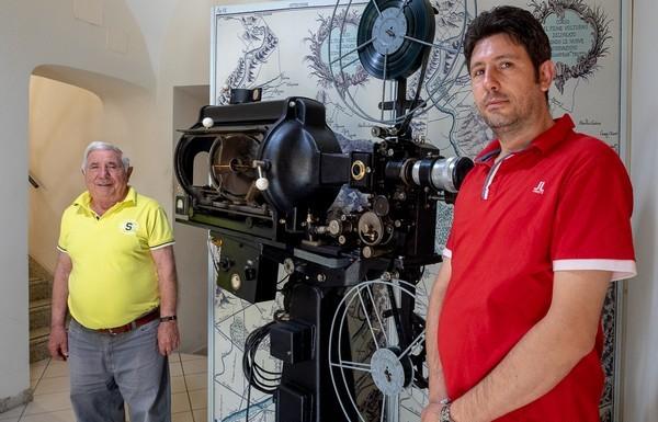 Restaurato un pezzo di storia del cinema alifano: ecco il certosino lavoro dei Fappiano