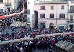 PIETRAMELARA. Il record è servito: sfila in città la calza della befana più lunga al mondo.
