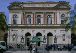 Caserta / Provincia. L'origine del contagio nel casertano da una nota attrice teatrale esibitasi al Teatro Garibaldi: S. Maria la città più colpita con 10 positivi ed un decesso.