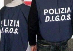 Caserta / Provincia. Produzione, riciclaggio e traffico di documenti di identità contraffatti: vaste operazioni della Digos.