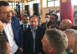 """S. Maria C.V. Zinzi con Salvini al carcere di S. Maria C.V.: """"Agenti lasciati soli dal Governo""""."""