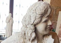 Limatola / Napoli. Una statua a grandezza naturale di Pino Daniele sul lungomare di Napoli: la realizzerà un artista del posto.