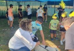 """PIANA DI MONTE VERNA. Visita al centro addestramento cani """"Happy Dog"""" e Centro Estivo 2020: le iniziative del Comune."""