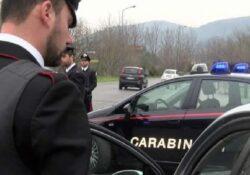 Venafro / Isernia. Donna incinta accusa un malore e si ferma con la sua vettura per strada con due figli a bordo: accompagnata in ospedale dai carabinieri.