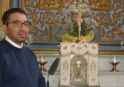 """LIBERI. Clamoroso nella Curia, il vescovo Mons. Valentino Di Cerbo scomunica il parroco Salvatore Zagaria: """"Delitto di scisma""""."""