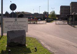 Caserta / Provincia. Torture e maltrattamenti ai carcerati, sospesi gli agenti di polizia penitenziaria.