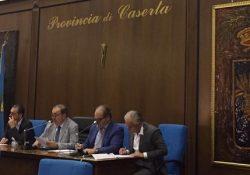 Caserta / Verso le Provinciali. Vertice in serata: Oliviero ha già pronta la seconda lista del Pd contro la volontà di Mirabelli, Piscitelli e Bosco: due schieramenti nel centro sinistra.