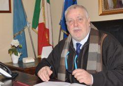"""Casalduni. Dopo l'incendio allo stabilimento STIR, interviene il Presidente della Provincia, Ricci: """"eliminare il balzello dei 50 euro a tonnellata dovuo all'eredita' dell'emergenza rifiuti in Campania""""."""