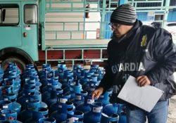 SPARANISE / CAPUA. Mettevano in commercio bombole di gas in maniera non sicura: blitz delle fiamme gialle in 23 aziende del settore.