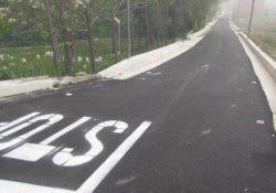 """CAIAZZO. Finalmente l'asfalto: strade comunali, vicinali di uso pubblico ricoperte di """"oro nero""""."""