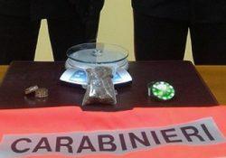 Carpinone. Fermato dai Carabinieri mentre trasportava marijuana nascosta in auto: nei guai studente isernino.