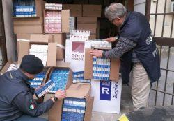 """Capua. Sequestrati 150 quintali di sigarette di contrabbando, pari a 7.500 stecche: le """"bionde"""" provenivano dall'Est Europa."""