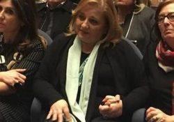 """S. Maria a Vico. Franca Di Blasio in servizio il prossimo mercoledì 4 aprile dopo le vacanze pasquale: riprende il suo posto all'Istituto """"Bachelet"""" la prof aggredita da un suo alunno."""