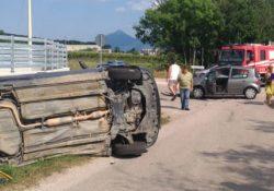 San Salvatore Telesino / Alife. Violento incidente stradale lungo la provinciale per Alife: coinvolte due auto con a bordo due donne, entrambe ferite.