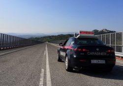 """Agnone. Chiusura del Viadotto """"Sente"""": carabinieri di Agnone vigilano sulla viabilità."""
