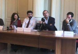 """S. Maria C.V. """"Rottura del sistema e capacità di governo del territorio"""": lo chiede il sindaco di Napoli, De Magistris, pronto a candidardi a governatore della Campania nel 2020."""